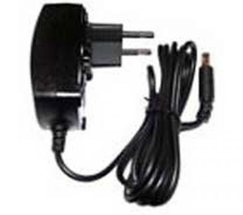 Linksys PA100 adaptador e inversor de corriente Interior Negro